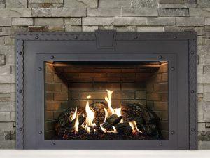 Inspiration-34-with-Logs-Bricks-Blacksmith-Surround
